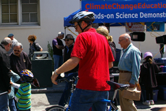 Sunday Streets hands-on science Bayview 2011